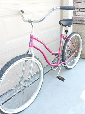 GIANT BEacH CRUISER GREAT CONDITION -MusT SEE 1ST $120 TAKES IT for Sale in Avondale, AZ
