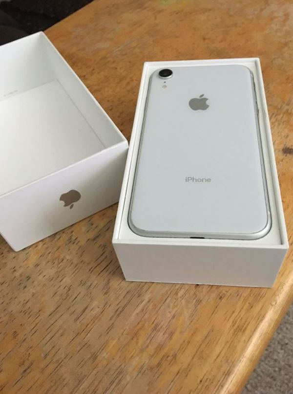 IPhone XR 128GB White Unlocked