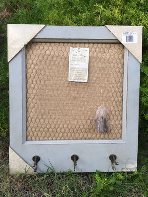 NEW Decorative Shabby Chic Home/Office Organizer.. comes w/5 clips.. 20 x 17in for Sale in Rancho Cucamonga, CA