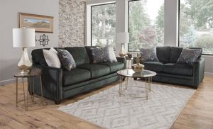 Couch & loveseat for Sale in Portsmouth, VA