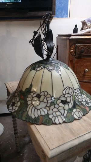 Hanging Tiffany lamp for Sale in NO FORT MYERS, FL