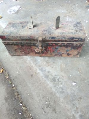 Vintage tool box for Sale in Wichita, KS