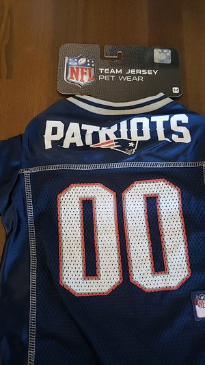 Brand new size medium Patriots PET jersey for Sale in Henderson, NV