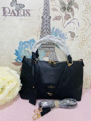 Beautiful bag for Sale in Manassas, VA