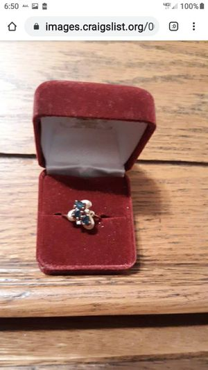 BEAUTIFUL 10K GENIUNE SOLID YELLOW GOLD 3 SAPPHIRE RING for Sale in Lynchburg, VA