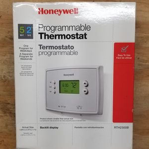 Honeywell Programmable Thermostat for Sale in Knightdale, NC