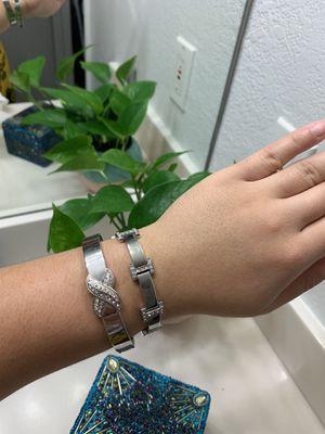 Bracelet Set for Sale in Kissimmee, FL
