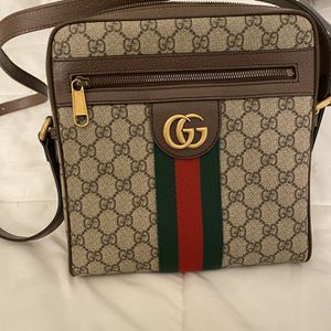 Gucci Small Messenger Bag for Sale in Downey, CA