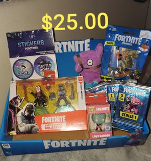 FORTNITE for Sale in Maywood, CA