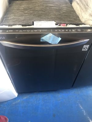 Brand new open box black stainless dishwasher with 1year warranty for Sale in Manassas, VA