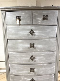 Tall Beautiful Grey Dresser for Sale in Bonney Lake,  WA