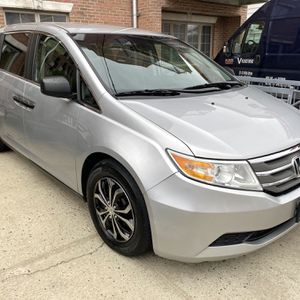 2011 Honda Odyssey 91K Miles Clean Title $7750 for Sale in Brooklyn, NY