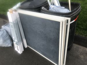 8 )36x51 Anderson screens and 2 bags of deposit bottles for Sale in North Haven, CT