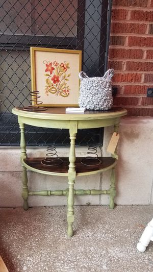 Upcycled accent table for Sale in Quincy, IL