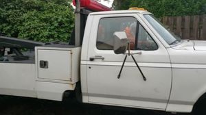 1990 ford f350 Vulcan tow truck wrecker diesel 7.3 for Sale in Kelso, WA