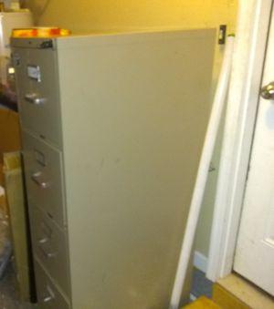 4 Drawer File Cabinet for Sale in Murfreesboro, TN