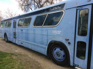 GM Retro Bus 40+ ft. Runs and drives. Moving sale!!!! for Sale in Boise, ID