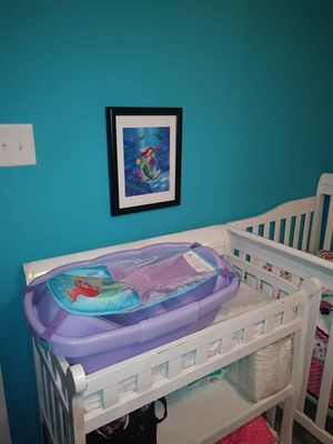 White changing table for Sale in Erial, NJ