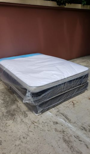 NEW QUEEN PILLOW TOP MATTRESS AND BOX SPRING SET 2PC. for Sale in Palm Springs, FL