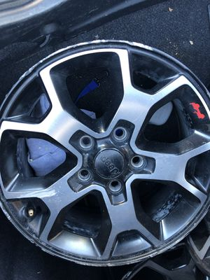 Jeep wheels for Sale in Phoenix, AZ