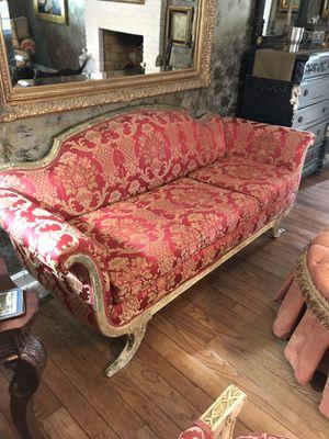 Sofa Antique for Sale in Columbia, SC
