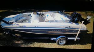 20' Tahoe Deck Boat w/ 150 HP Mercury motor and trailer. for Sale in Orlando, FL