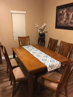 Beautiful dining room table for Sale in Peoria, AZ