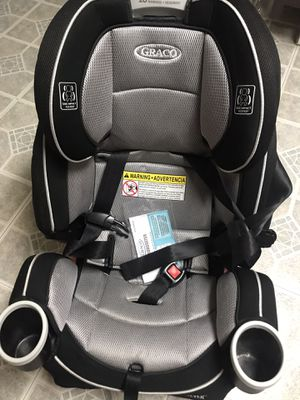 Graco 4-Ever All in One Convertible Car Seat (Black/Sliver) Like New for Sale in Fair Lawn, NJ