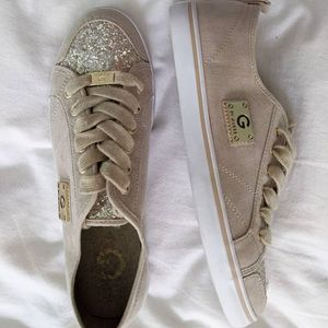 Brand new Guess sneakers for Sale in Bethesda, MD