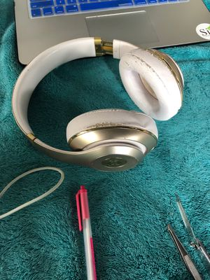 Studio Beats by Dre for Sale in Takoma Park, MD
