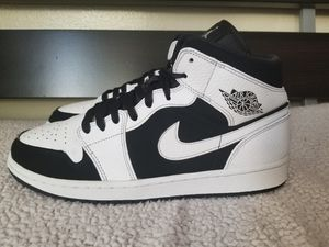 "Jordan Mid ""White Black"" 1s for Sale in Pasadena, CA"