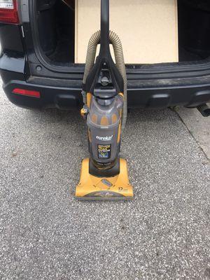 Eureka vacuum for Sale in Columbus, OH