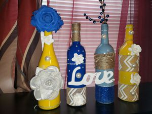 Wine bottle decor for Sale in Cleveland, OH