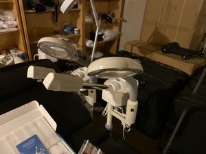 2 in 1 facial steamer and mag light for Sale in Glendale, AZ