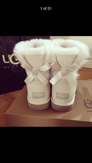 Ugg women trending fashion wool snow boots for Sale in Yarmouth, MA