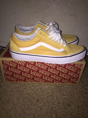 Vans Old Skool (Ochre/True White) for Sale in Beaumont, TX