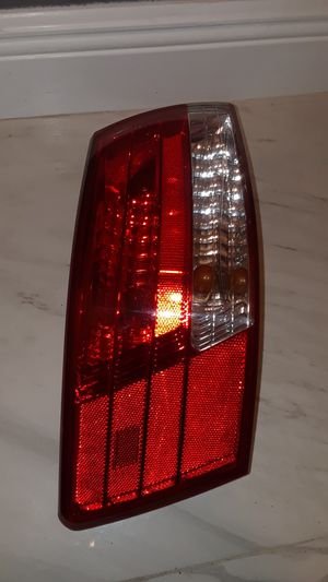 06 - 08 Hyundai Sonata Genuine OEM Left Tail Light Lamp Part # 924010A0 for Sale in Orlando, FL