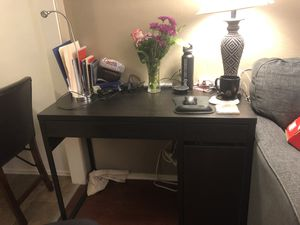 Small Wood Office Desk for Sale in San Diego, CA