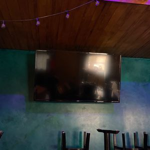 Samsung TVs 43 Inch/ 55 Inch for Sale in Portland, OR