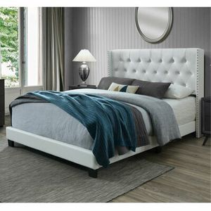 Brand new queen tufted leather bed frame no mattress for Sale in Miami, FL