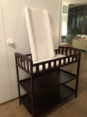 Changing table + mattress for Sale in New York, NY