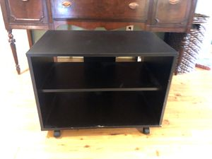 Small shelving unit on wheels for Sale in Everett, WA