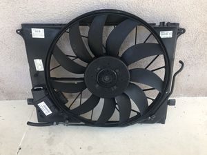 Mercedes S500 S55 S65 CL55 CL65 Radiator fan assembly OEM original for Sale in Arcadia, CA