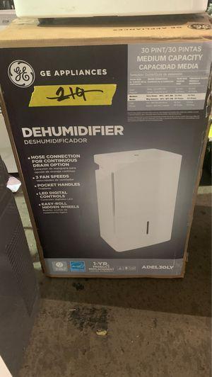 GE 30 pt. Dehumidifier, ENERGY STAR for Sale in Phoenix, AZ