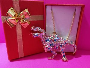 NWT Betsey Johnson Crystal Dinasour Necklace for Sale in Wichita, KS