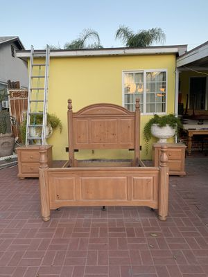queen bed frame with 2 night cabinets for Sale in Colton, CA