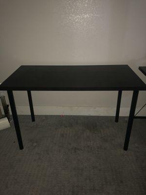 Black table for Sale in Las Vegas, NV