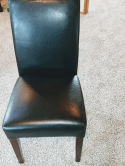 Black Straight Back Chair for Sale in Federal Way,  WA