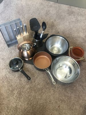 KITCHEN SET!! for Sale in Tampa, FL