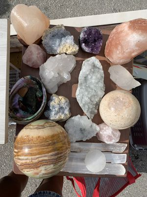 $100 AA Grade Crystal deal SALE for Sale in Oakland Park, FL